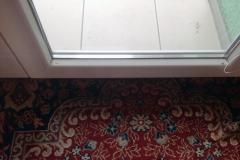 Parní čistění oken, okeních rámů a výloh